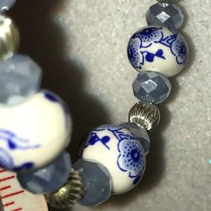 Jewelry - New Ceramic & Faceted Glass Bead Bracelet Stretch